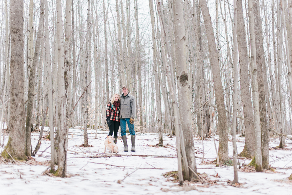 woods walk stowe vermont engagment session